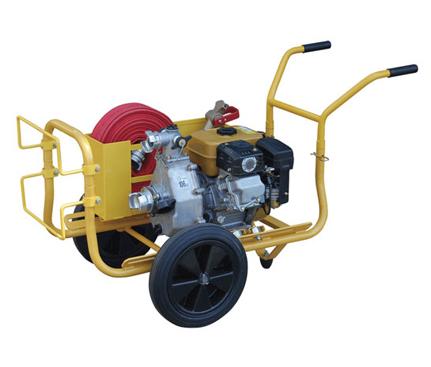 Le groupe motopompe incendie est utilisé par les services intervenant sur les incendies et départ de feu.