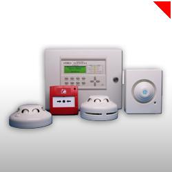 Les alarmes incendie facilitent les évacuations en cas de départ de feu. Les alarmes peuvent être automatiques ou bien à déclenchement manuel.